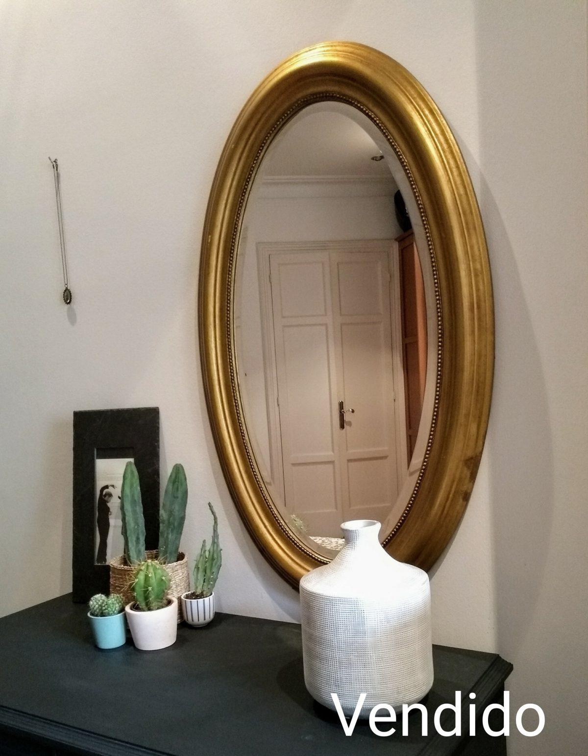 Espejo Ovalado color dorado Rincón Vintage